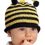 örgü bebek beresi arı desenli modeli