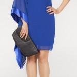 2013 tasarımlı canlı mavi renkli mini etekli tek askılı ve tek kolundan dökülen dökümlü tül kollu süer genç kız genç bayanlar için adil ışık 2013 abiye elbise modelleri.