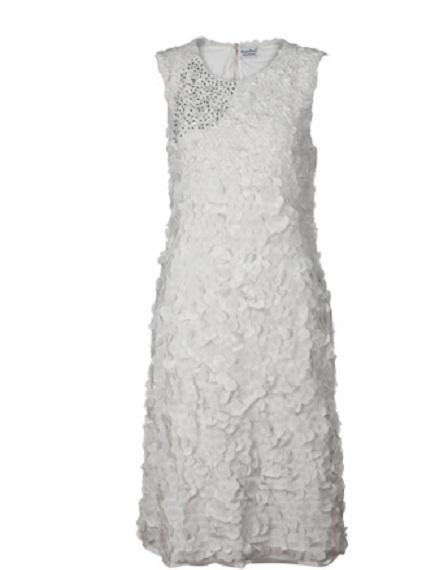 beyaz güpürlü yakası pul işlemeli abiye park bravo elbise modeli