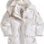 beyaz kapişonlu modern kışlık kız çocuk mont modeli