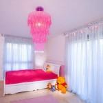 beyaz mobilyalı nar çiçeği renkli nevresimli şık kız çocuk odası tasrımları modelleri