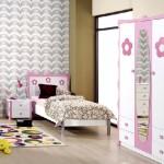 beyaz pembe renkli mobilyalı çiçek desenli kzı çocuk odası modelleri