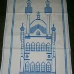 mavi cami minare desenli etamin nakışlı çeyizlik seccade modeli