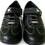 siyah gezer marka kız çocuk ayakkabı modeli