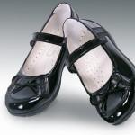 siyah okul kız çocuk ayakkabı modeli
