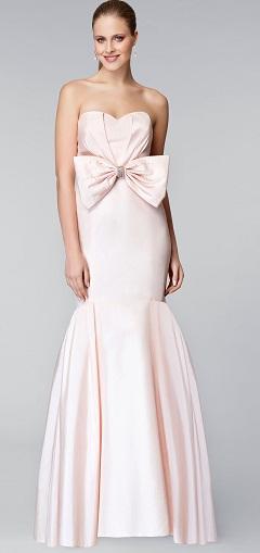 Straplez deniz kızı kesimli uzun abiye elbise modeli