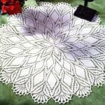 yapraklı çeyizlik dantel sehpa takımı modeli